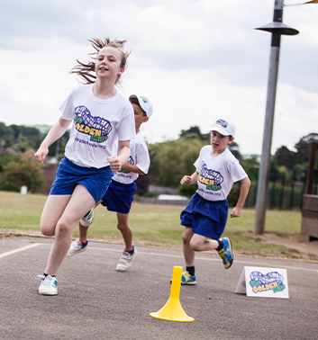 Golden Mile children running 353x378 1