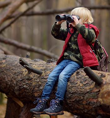 Orienteering boy binoculars 353x378 1