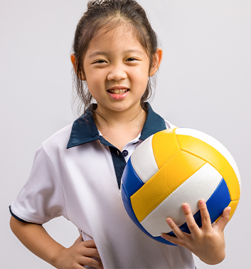 Volleyball girl smiling closeup 353x378 1